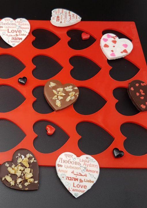 לבבות שוקולד עם סיליקון